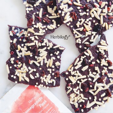 Raisin and Almond Chocolate Bark