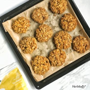 Turmeric Oat Cookies